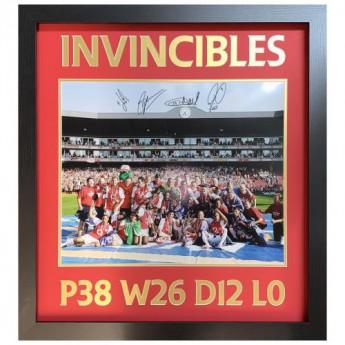Legendy obrázok v rámčeku Arsenal FC 2004 Invincibles Signed Framed Print